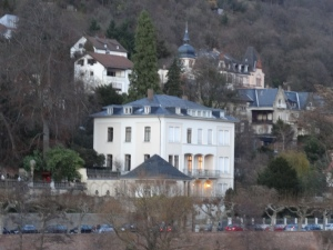 Max-Weber-Haus, where my current German class takes place, is just across the river, directly facing the old castle