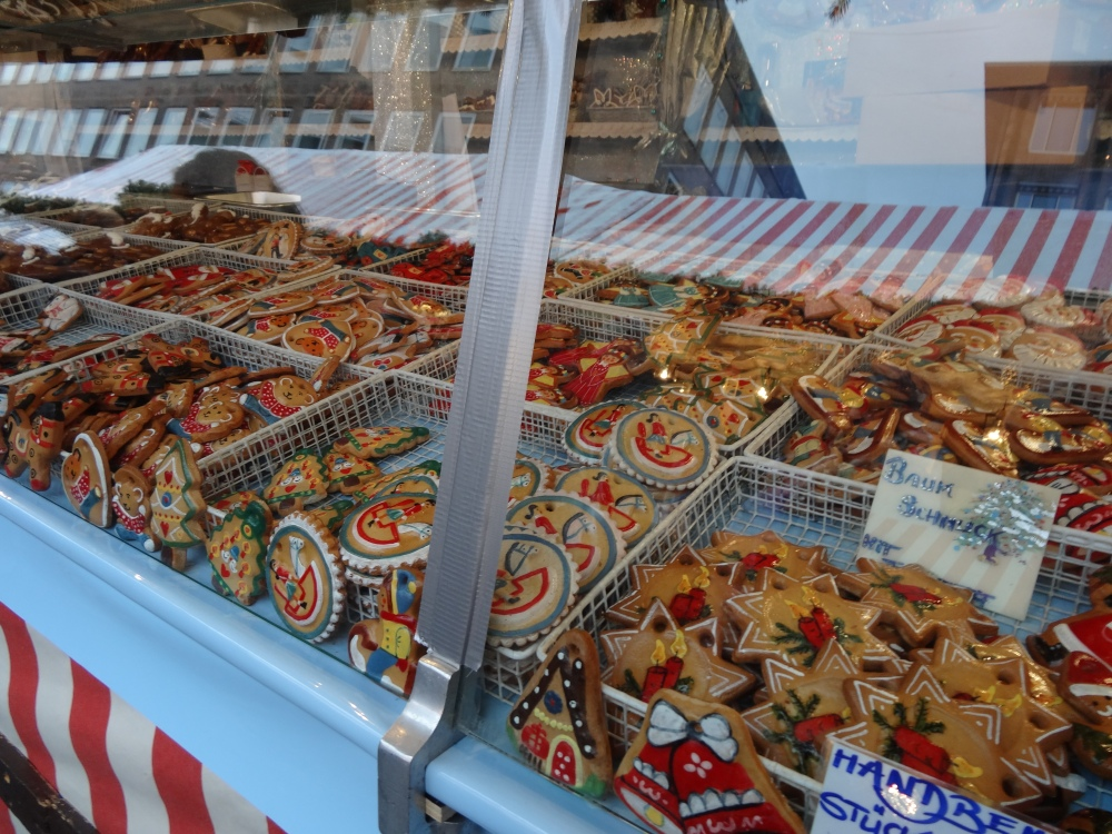 Treats in the Nuremberg Christmas market