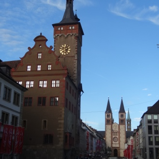Rathaus and Dom