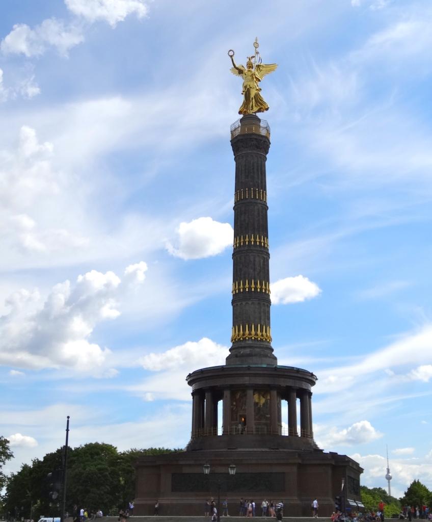 Victory Column, a landmark at the very center of Tiergarten