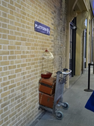 Platform 9 3/4 (King's Cross)